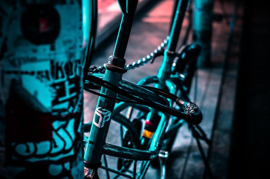 「自転車ライトセット Linkax 懐中電灯 テールライト付き」がとにかくおススメ