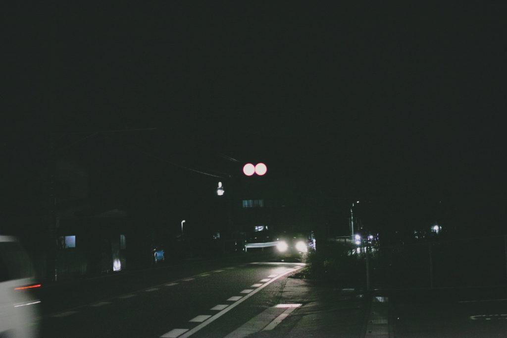夜間自転車を乗る時に頼れるライトは必需品
